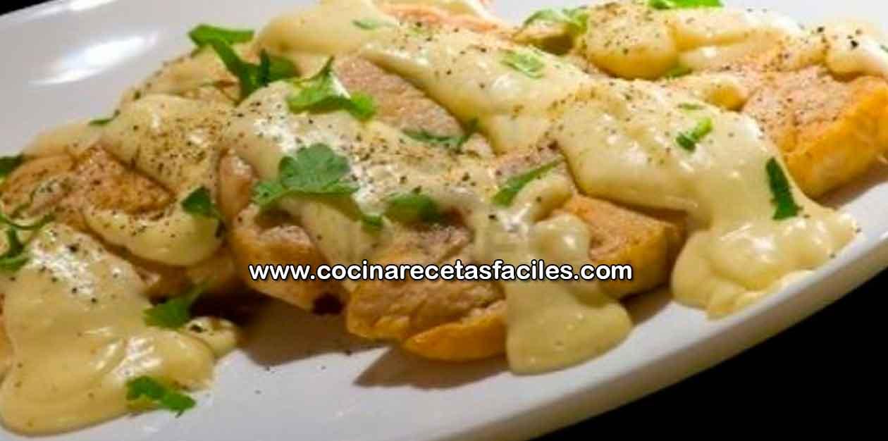 Pechuga de pollo con salsa bechamel recetas de pollo - Salsas para pechuga de pollo ...