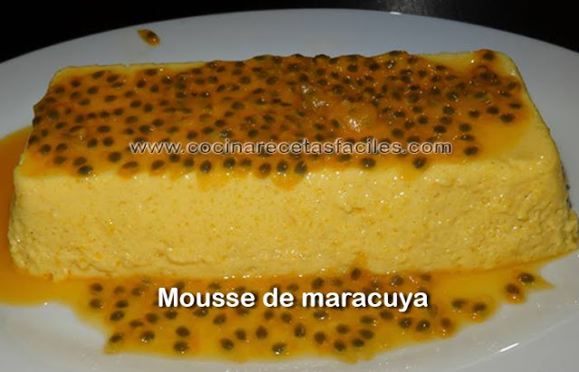 Receta de Mousse de maracuyá fácil, un postre delicioso muy fácil de preparar, con muy pocos ingredientes,  el ingrediente estrella el  maracuyá una fruta exótica de sabor ácido y color amarillo que es una fuente importante de vitamina C.